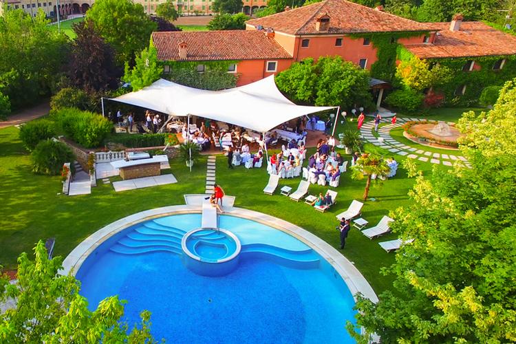 Beautiful Cottage Wedding