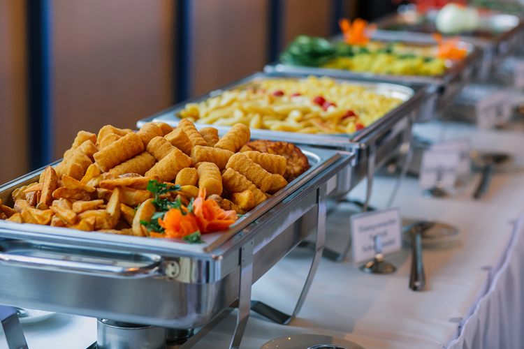 Comparing Catering Companies Toronto