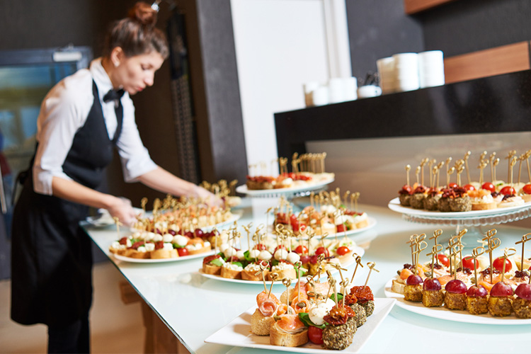 How to Find a Sustainable Caterer